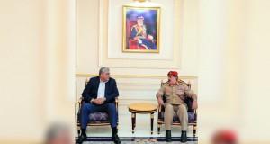 رئيس أركان الجيش الباكستاني يصل السلطنة