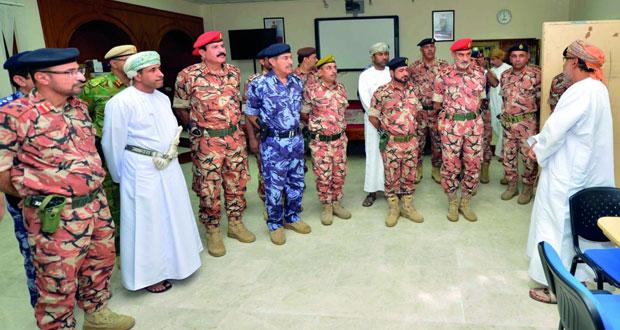 عدد من كبار الضباط من كافة القطاعات العسكرية والأمنية يزورون تمرين مراكز القيادة (الجهد المشترك /10)