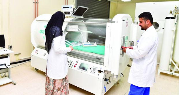 تشغيل المركز الوطني لطب الأعماق بالمستشفى السلطاني