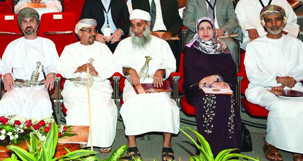 ملتقى المشاريع البحثية الاستراتيجية بجامعة السلطان قابوس يستعرض المشاريع الممولة من المكرمة السامية