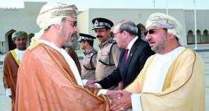 وزير الداخلية يتوجه إلى الجزائر