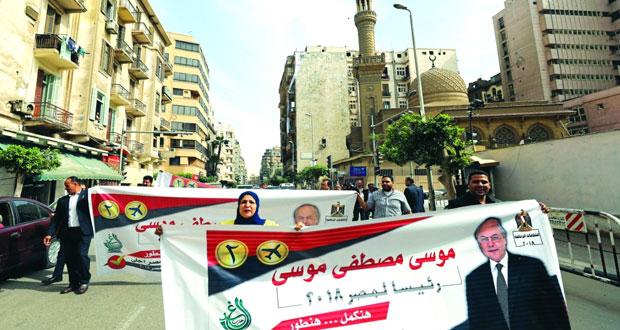 مصر: مقتل 4 عسكريين و10 إرهابيين والقبض على 245 مشتبهًا به