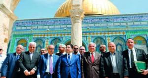 الفلسطينيون يحذرون من تداعيات الاستهداف المتواصل لـ (الأقصى)