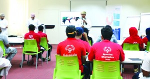 «ريادة» تستضيف فريق برنامج إعداد القادة للأولمبياد الخاص العماني