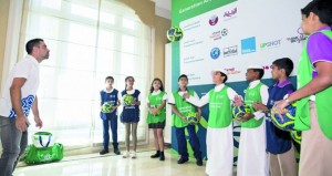 الجيل المبهر لمونديال قطر 22 يصل إلى السلطنة ويستهدف طلاب المدارس الكروية