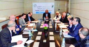 الاتحاد العربي للسباحة يشيد بالدعم المقدم ومتابعة رئيس اللجنة الأولمبية العمانية للاتحاد