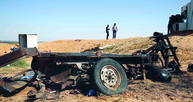 رصاص الاحتلال يصيب فلسطينيا بغزة وإصابة العشرات باختناق في مخيم العروب