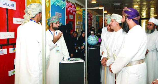 بدء فعاليات الملتقى المعلوماتي الرابع بجامعة السلطان قابوس