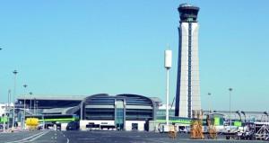 مطار مسقط أفضل مشروع تطوير سياحي بالشرق الأوسط والطيران العماني