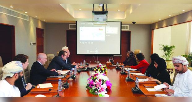 بحث التعاون بين التعليم العالي ومؤسسة التنمية الدولية في إيرلندا