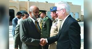 الأمين العام بوزارة الدفاع يتوجه إلى تركيا
