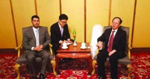وزير الشؤون الرياضية يعقد جلسة مباحثات مع نظيره الصيني