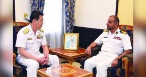 قائد البحرية بالإنابة يستقبل قائد المهام المشتركة الياباني
