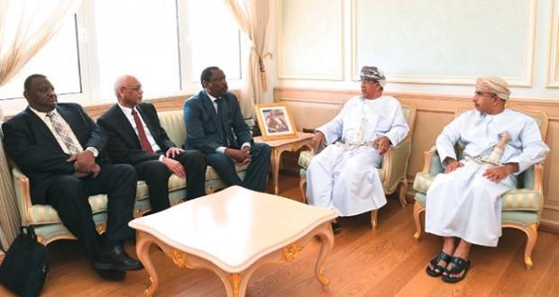 وزير الصحة يستقبل نظيره السوداني ومسؤول سابق بالصحة العالمية