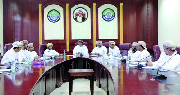 مناقشة تطوير بيئة عمل المؤسسات الصغيرة والمتوسطة بشمال الشرقية