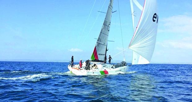 """فريق عُمان للإبحار بفئة """"كلاس 40″ يحصل على المركز الأول في سباق """"أرمن ريس"""" بعد أداءٍ فاق التوقّعات في فرنسا"""