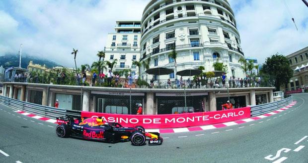 في جائزة موناكو الكبرى: ريكياردو الأسرع في جولتي التجارب الحرة