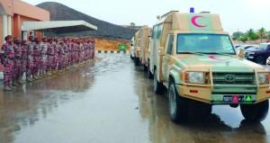 قوات الفرق بالجيش السلطاني العماني تقوم بتجهيز الأطقم الطبية وتوزيع المساعدات