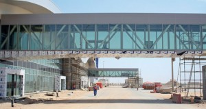 إنجاز 96% من مبنى المسافرين بمطار الدقم .. والتشغيل التجاري يقترب