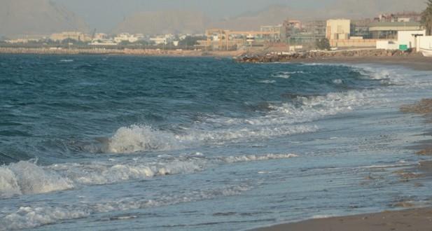 منخفض مداري في بحر العرب ولا تأثير مباشر