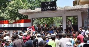 الأمن السوري يستكمل الانتشار بريفي حمص وحماة والجيش ينفي أي اتفاق مع الإرهابيين بالحجر الأسود