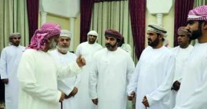 نائب رئيس مجلس الشورى يلتقي بأعضاء فرع الجمعية العمانيّة للكتّاب والأدباء بالبريمي