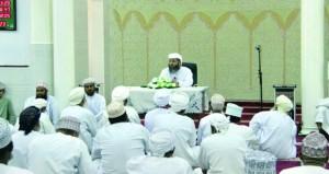 محاضرة بسمد الشأن تستعرض دور إبني الجلندى في دخول الإسلام إلى عُمان
