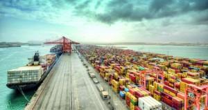 """اقتصاديون لـ""""الوطن الاقتصادي"""": ارتفاع أسعار النفط يعزز جهود الحكومة لتنفيذ برامج التنويع الاقتصادي ويسهم في خفض العجز والدين العام"""
