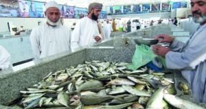 وفرة أسماك بالأسواق المحلية والأسعار في المتناول
