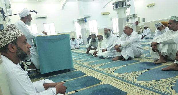 (ففروا الى الله) محاضرة بجامع الصحابي مازن بن غضوبة بولاية السيب