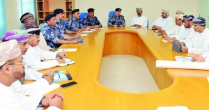 إجتماع للجنة الفرعية للدفاع المدني بظفار