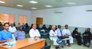 مستشفى الرستاق يبدأ في تطبيق مشروع نظام اللين ومنهجية الكايزن