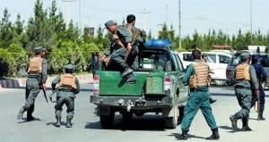 أفغانستان : إرهابيو (داعش) يهاجمون وزارة الداخلية بالقنابل والرصاص