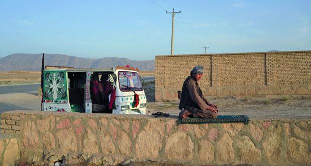 أفغانستان : مقتل 50 عنصرا في (طالبان) .. وتحرير 100 من سجونهم