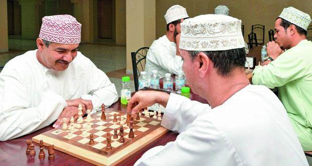ختام الأمسيات الرياضية النسائية وبطولة الشطرنج للرجال