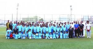 اختتام البرنامج الرابع لمدرسة النخبة لتعليم كرة القدم بولاية العامرات