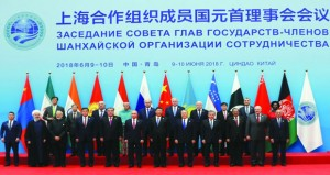 الرئيسان الصيني والروسي يشيدان بتوسع منظمة شنجهاي للتعاون