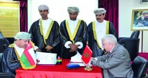 """السلطنة والمملكة المغربية توقعان مذكرة تفاهم في مجال """"التوثيق التاريخي وإدارة الوثائق والمحفوظات"""""""