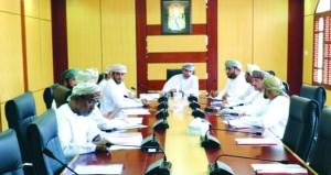 لجنة المؤسسات الصغيرة والمتوسطة بغرفة شمال الباطنة تناقش خطة عملها