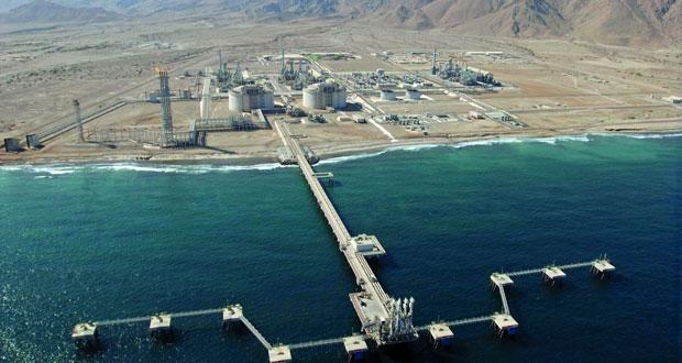 توقيع اتفاقيتين لإنشاء محطة للطاقة الكهربائية بمحركات الغاز بصور