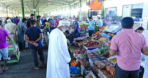 السوق المركزي للخضروات والفواكه في كامل الجاهزية لاستقبال عيد الفطر المبارك