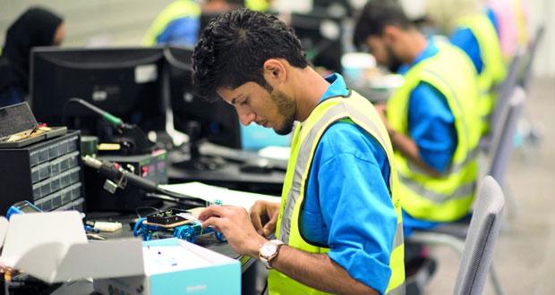 تواصل منافسات مسابقة المهارات العمانية بكليات التقنية