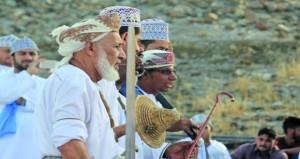 مهرجان يجسد الفنون التقليدية والموروث الشعبي بولاية بهلاء
