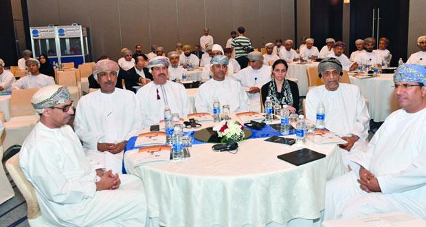 """""""البلديات الإقليمية"""" تنظم حلقة عمل حول إدارة ندرة المياه بالسلطنة """"الفرص والتحديات"""""""