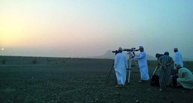 """الحسابات الفلكية لـ""""الأوقاف والشؤون الدينية""""تؤكد احتمال رؤية الهلال في سماء السلطنة"""