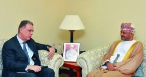 ابن علوي يتلقى رسالة خطية من وزير الخارجية بجمهورية البرازيل الاتحادية