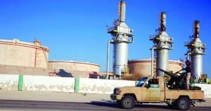 سلاح الجو الليبي يستأنف استهداف المسلحين بـ (الهلال النفطي)