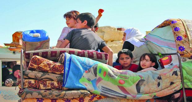 400 نازح سوري في لبنان يعودون إلى قراهم بالقلمون