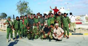 (النفط الليبية) تؤكد سيطرة قوات حفتر على مينائي تصدير وتأمل سرعة التشغيل