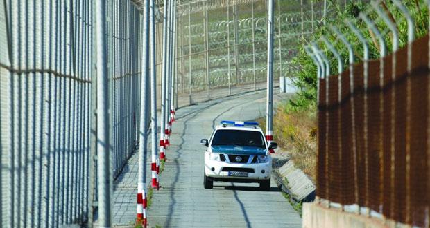 أسبانيا تفكك عصابتين لتهريب أطفال من المغرب